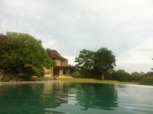 Pagi di Villa Bidadari